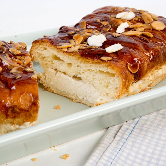 עוגת שמרים ריקוטה